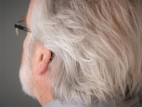 Study explains one reason hair can turn gray