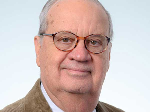 Arrasmith honored with lifetime achievement award by SSOMS
