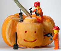 pumpkin carving legos 202x171