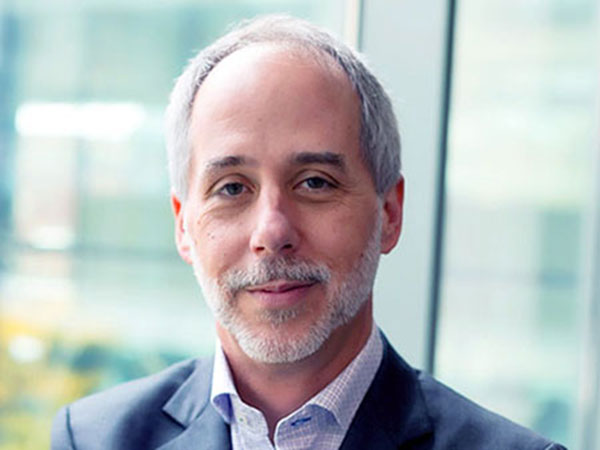 Five Questions with SOE Dean Jeff Holmes, M.D., Ph.D.