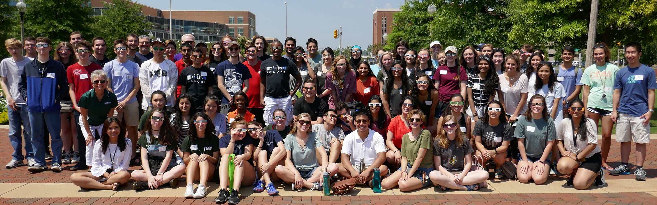 1549 Honors Students