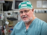 After 31 years and more than 2,200 transplants, surgical students share the secret of their mentor's success