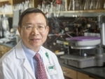 Pathologist Long Zheng shares in 2017 RISE Award