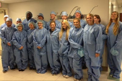 Huntsville Rural Pre-medical Internship program gives meaningful shadowing experience