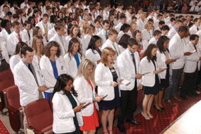 School of Medicine to welcome incoming class at annual White Coat Ceremony