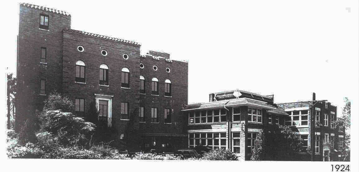 1923-Children's Hospital Builds New Facility
