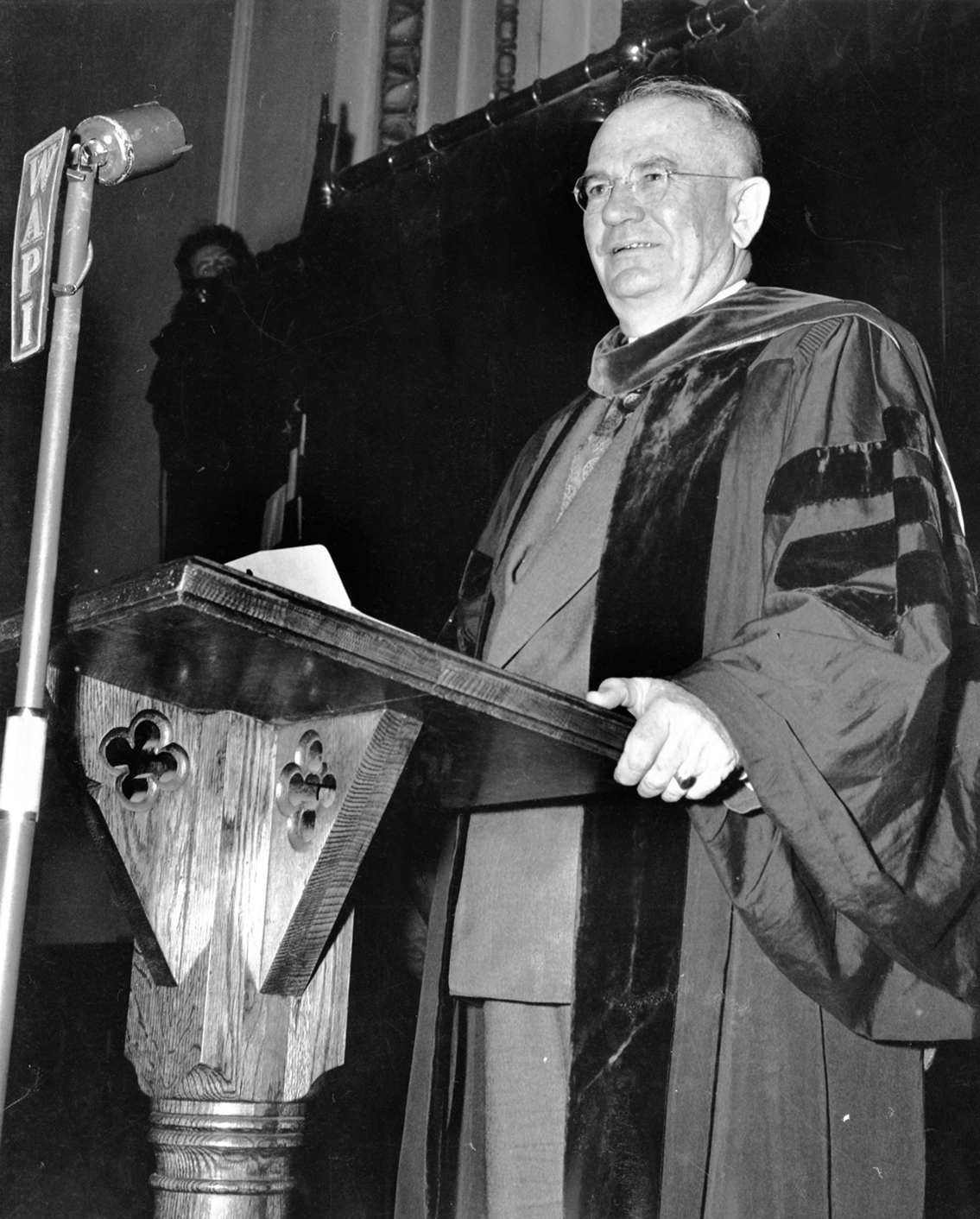 1943- Governor Chauncey Sparks Supports the Jones Bill to Establish a 4 Year Medical School in Birmingham
