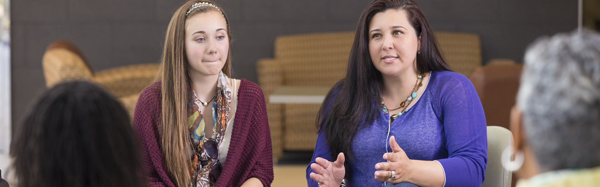 Concussion support group provides answers, options for parents and adolescents