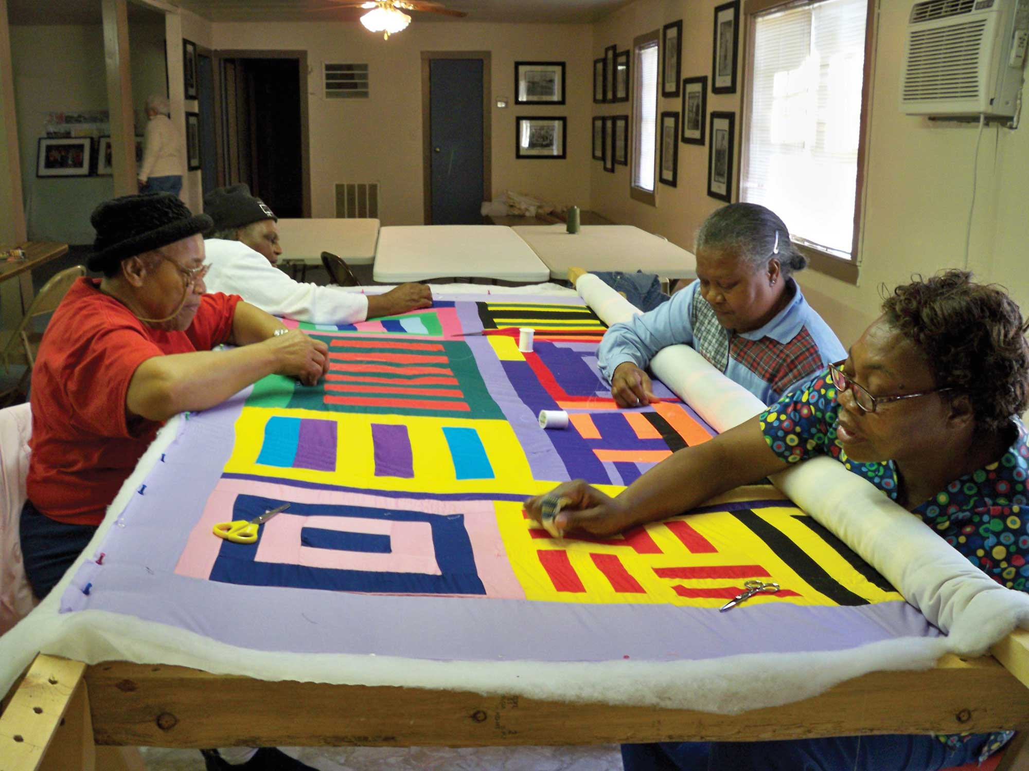 UAB - News - Gee's Bend Quilters, Mali mud-cloth makers in