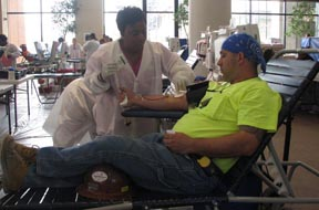 blood_drive_labor_day_2008_010