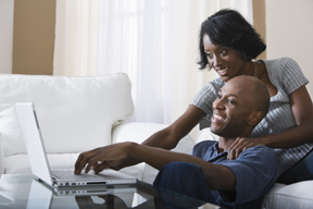 couple_on_computer_newsite