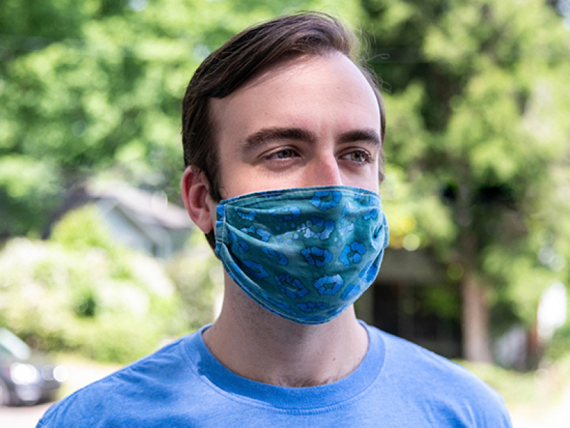 Masking may help prevent severe allergies this spring
