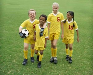 Fall sports can cure kids' inactivity, improve character