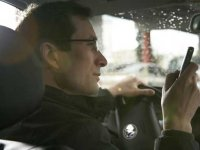 Shattering illusions: Researcher tests the limits of distracted driving