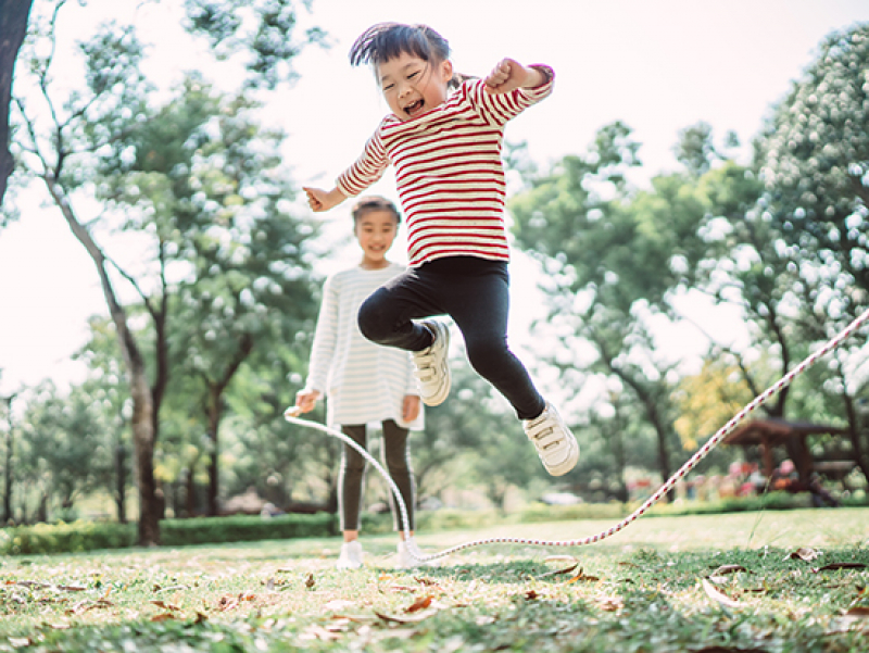 Can keeping kids active help virtual learning?
