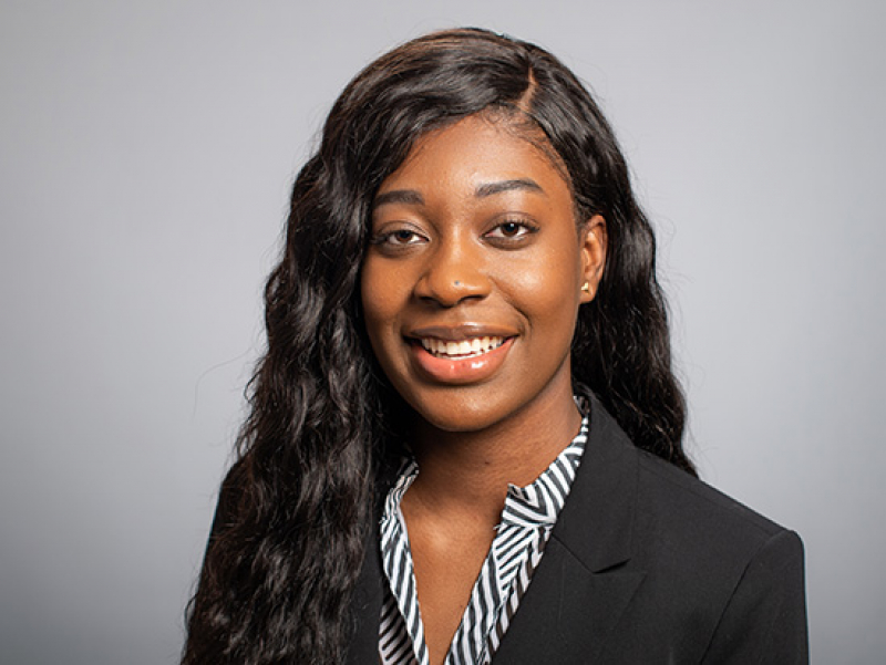 Accounting student receives scholarship from national accounting board