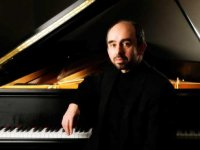 Award-winning pianist, UAB's own Yakov Kasman, to perform in France