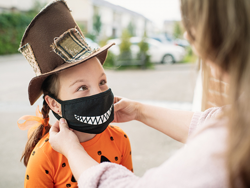 Is traditional trick-or-treating safe during COVID-19?
