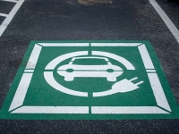 Drivers can now charge electric vehicles on campus at UAB