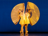 "MOMIX brings ""Opus Cactus,"" dance fantasy inspired by American Southwest, to UAB's Alys Stephens Center May 11-13"