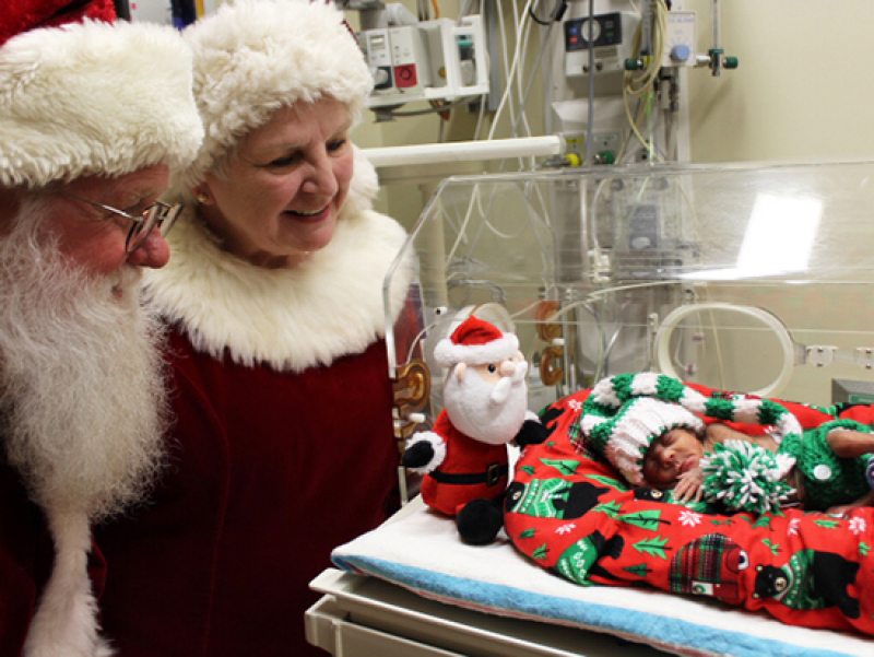 Santa spreads holiday cheer in UAB's NICU