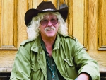 "Arlo Guthrie brings 50th anniversary tour of ""Alice's Restaurant"" to UAB's Alys Stephens Center"