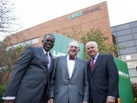 Collat School of Business unveils sign at celebration