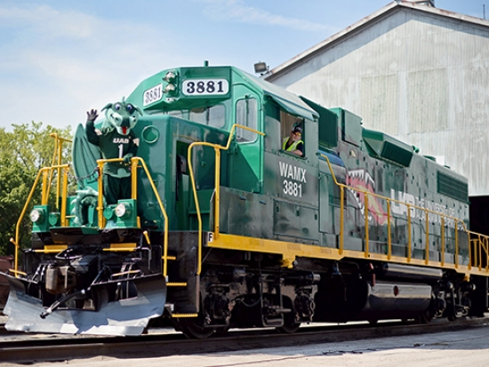 UAB-themed locomotive blazes into Birmingham