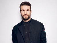Singer Sam Hunt celebrates his days as a Blazer
