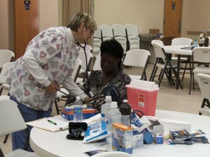 Nursing faculty treat people in tornado-ravaged communities