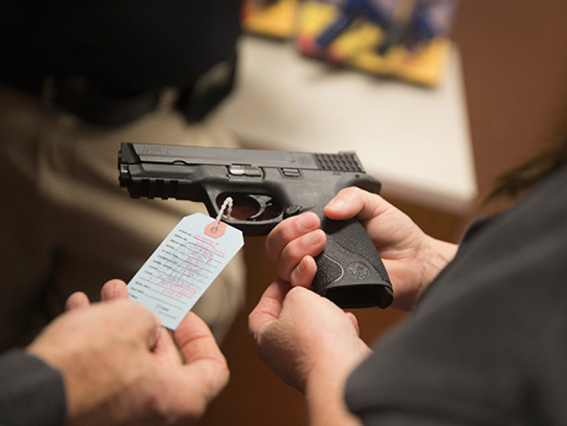 Gun laws in neighboring states affect state gun deaths