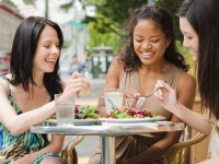 UAB expert: Steps to keep heart health in mind when dining out