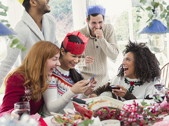 5 ways to be a healthy holiday party pro