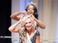 Melanie Roberts of Mount Olive named Miss UAB 2015