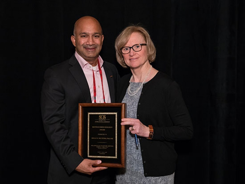 Richter recognized for excellence in gynecologic surgery