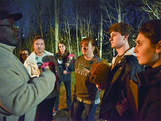 Nursing students learn about homelessness firsthand