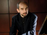 Professor, pianist Yakov Kasman awarded 2012 Ireland Prize
