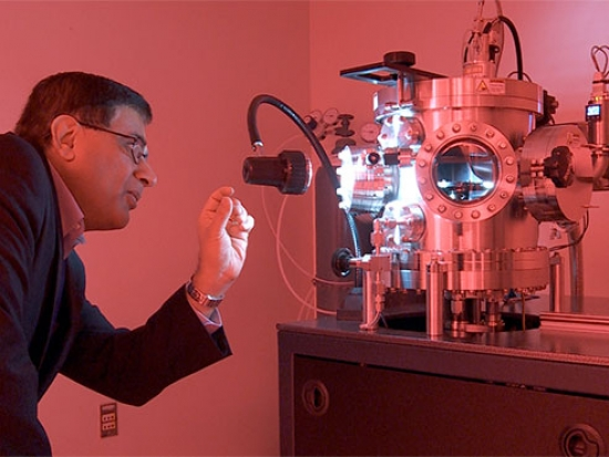 Working under pressure: Diamond micro-anvils made by UAB will produce immense pressures to make new materials
