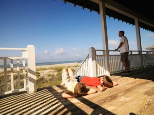 Avoiding scams: Less is not more when looking for summer rental
