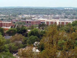 Sustainability experts meet at UAB to find solutions for city