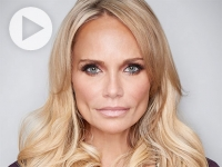 Kristin Chenoweth, star of stage and screen, performs for Alys Stephens Center's VIVA Health Starlight Gala June 12