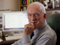 Barnes selected 2012 UAB Distinguished Faculty Lecturer