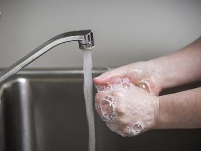 Stop the flu in its tracks by washing your hands the right way