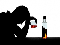 Natural recovery from alcohol problems is possible, but more research is needed