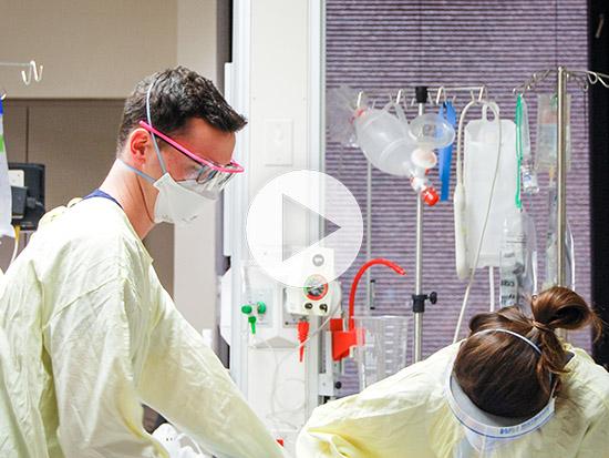 Nurse describes conditions inside a COVID-19 unit