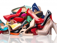 UAB hosts Women's Night at the Barons featuring a shoe drive to help those in need