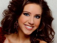 Elisabeth Chramer of Trussville crowned Miss UAB 2012