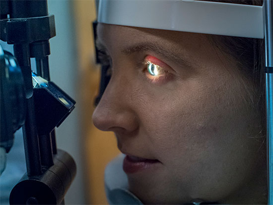 UAB - School of Optometry - Special contact lenses give