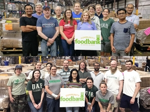 Biology spends service day at community food bank