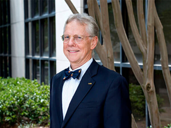 Dean Paul C. Erwin Receives Distinguished Service Award